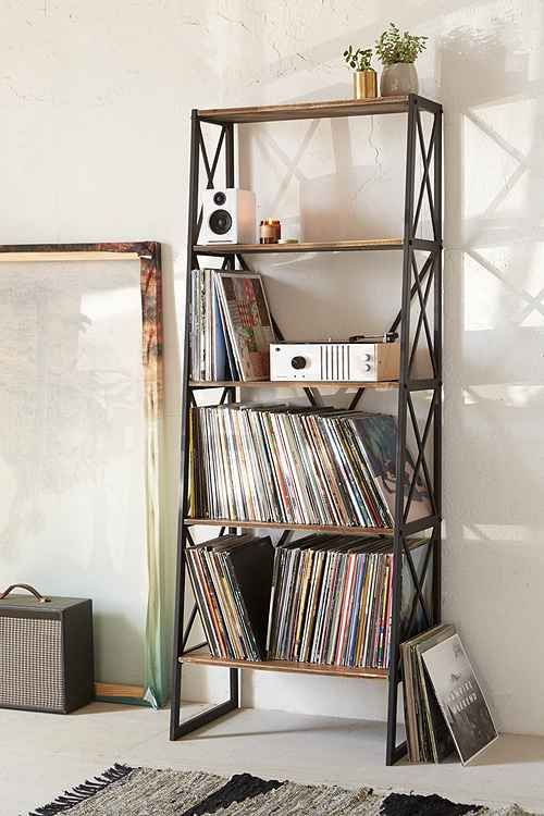Explore Urban Outfitters latest home décor sale Items today. You'll find the best deals on all your favorite home décor essentials right here.