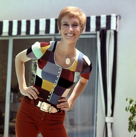 Sandy Duncan, c. 1973 | Beautiful Ladies | Pinterest ...