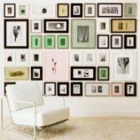 come disporre i quadri alle pareti