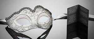kleine-original-venezianische-Maske-fuer-Karneval-Maskenball-Fasching-Handmade