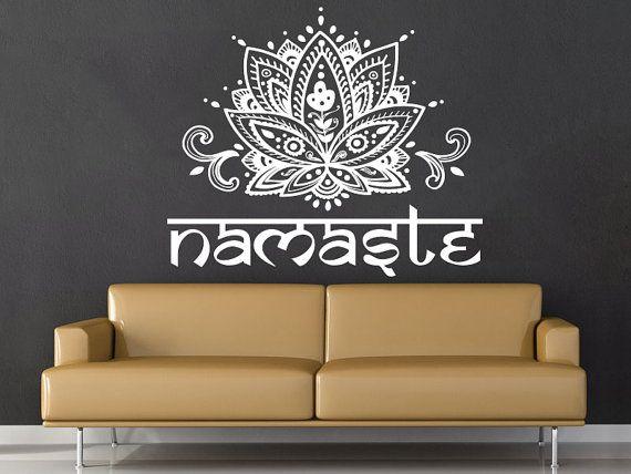 Mandala Wand Aufkleber Namaste Lotus Blume Mandala Indian Lotus Yoga Wand Aufkleber Vinyl Aufkleber Interior Home Decor Art Wall Decor Schlafzimmer  Willkommen Sie in unserem Shop!  Wandtattoos sind eine der großen dekorativen Innovationen der letzten Jahre. Aufkleber sind eine eine einfache und kostengünstige Möglichkeit, um Ihren Raum zu schmücken. Unsere Aufkleber können Sie mehr Stil zu Ihnen nach Hause oder Geschäft mitbringen!  ✓Please beachten Sie die Größe des Angebots, da das Bild…