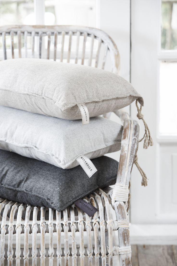 25 beste idee n over grijs hout op pinterest grijze for Grijs wit interieur