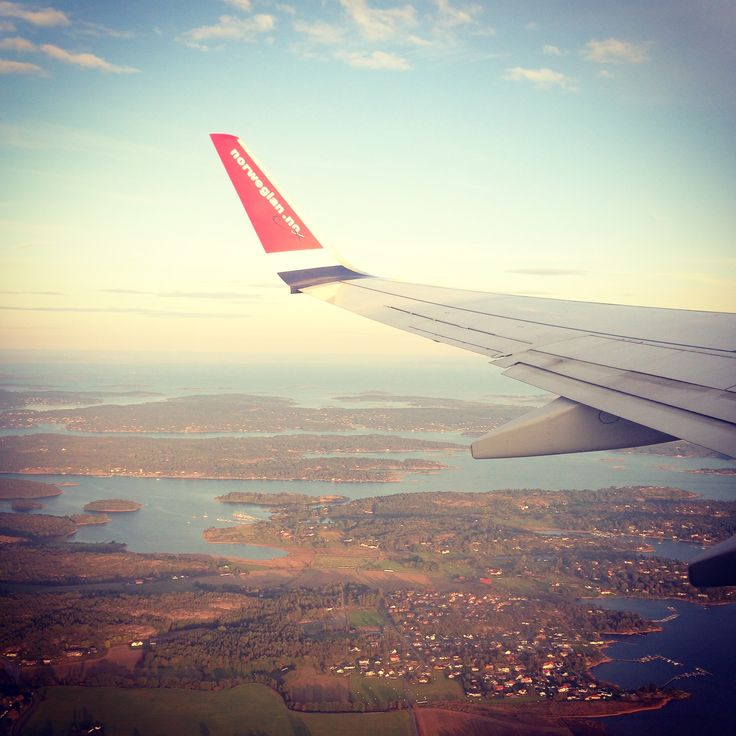 ➣ up in the air! / Norwegian