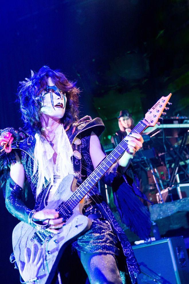 【ミサレポート】聖飢魔II、「静岡史上最も熱い声だ~!」 | 聖飢魔II | BARKS音楽ニュース