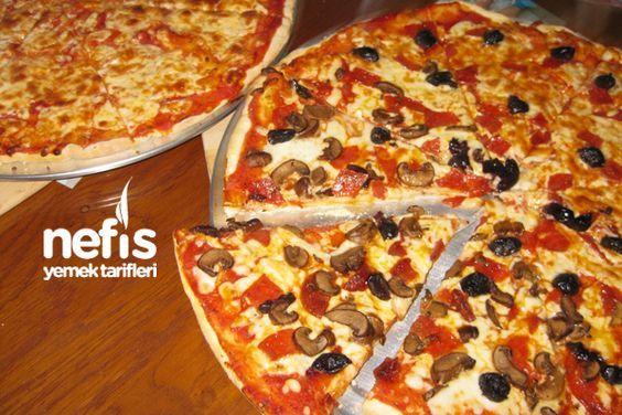 http://www.nefisyemektarifleri.com/karisik-pizza-yapimi/