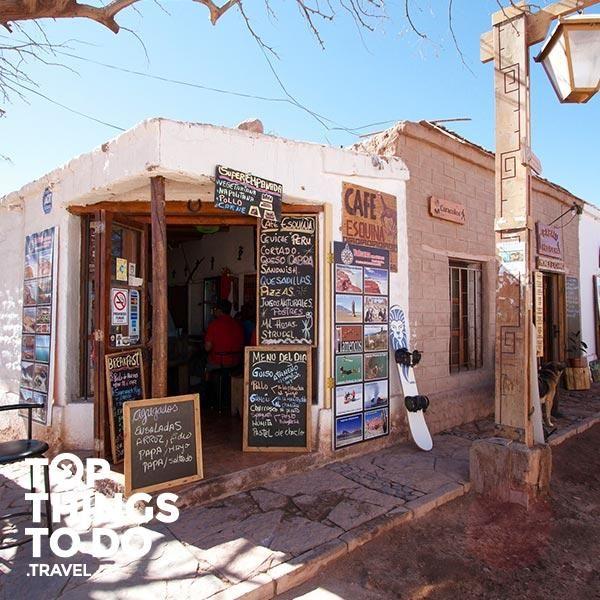 Pueblo San Pedro de Atacama - San Pedro de Atacama - El pueblo de San Pedro de Atacama es el polo turístico del desierto de Atacama, desde acá comenzarán todas tus aventuras.