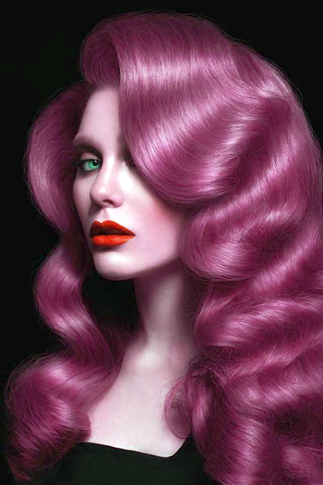 Deep pink waves