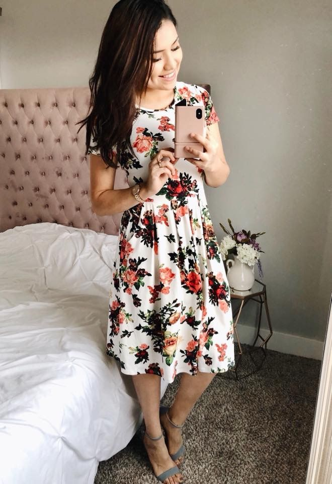 8cccfe755a  thedarlingstyle Super pretty Garden Midi Dress in White. Modest fashionista.  Skirt Style. Modest Fashion. Getting Into The Spring Chic Style.
