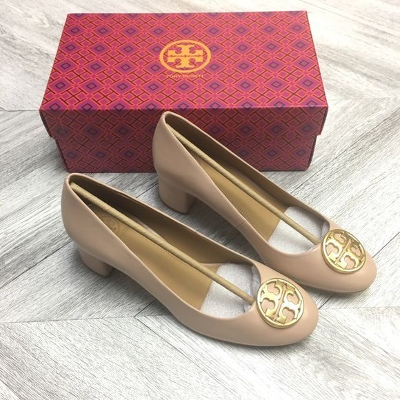 Tory Burch | Chelsea Pump Goan Sand Size 9 NEW A modern classic: Chic for the of…