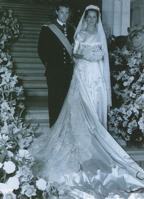 Wedding of Prince Albert of Belgium and Princess Paola Ruffo di Calabria in Brussels, Belgium.