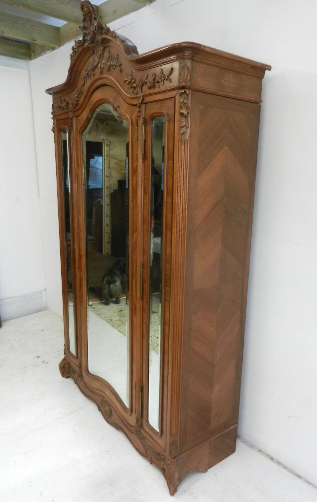 Beautifully Proportioned And Decorated French Walnut Wardrobe Armoire - 95 Best Antique Furniture Images On Pinterest Furniture Decor