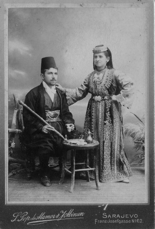 Sephardi Jewish couple from Sarajevo in traditional clothing, 1900