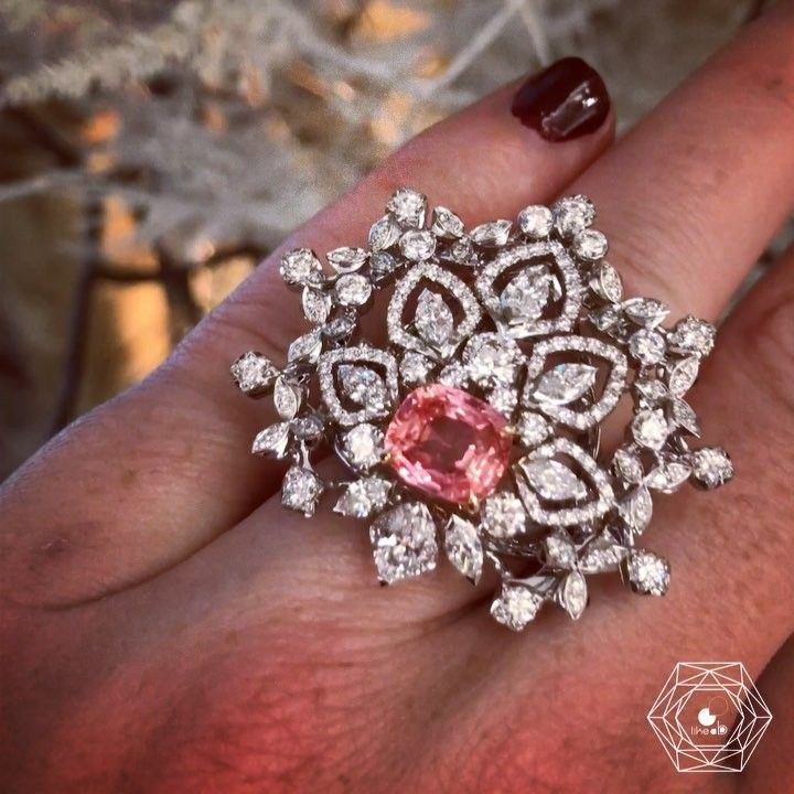Chaumet. Via Bérengère Treussard | Like a b (@likeab) on Instagram: NEW delicate collection #promenadesimperiales by @chaumet inspired by Russia w/ this amazing 3,11 carats padparadscha sapphire from Ceylon #lesmondesdechaumet - credit #berengeretreussard @likeab #chaumet #likeab #highjewelry #hautejoaillerie #highjewellery #finejewelry #diamond #pinksapphire #padparadschasapphire #jewelryinfluencer #pfw #hautecouture #fashionweek #joaillerie