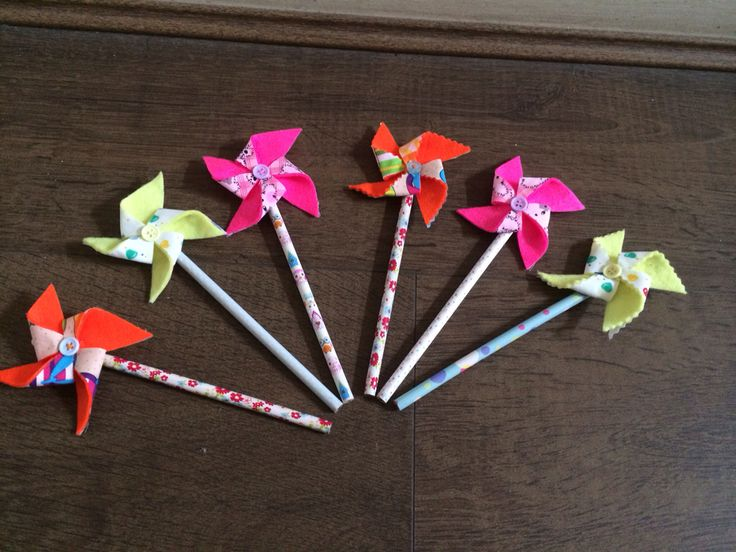 Pin wheel Pencils! By Mya and my makes.