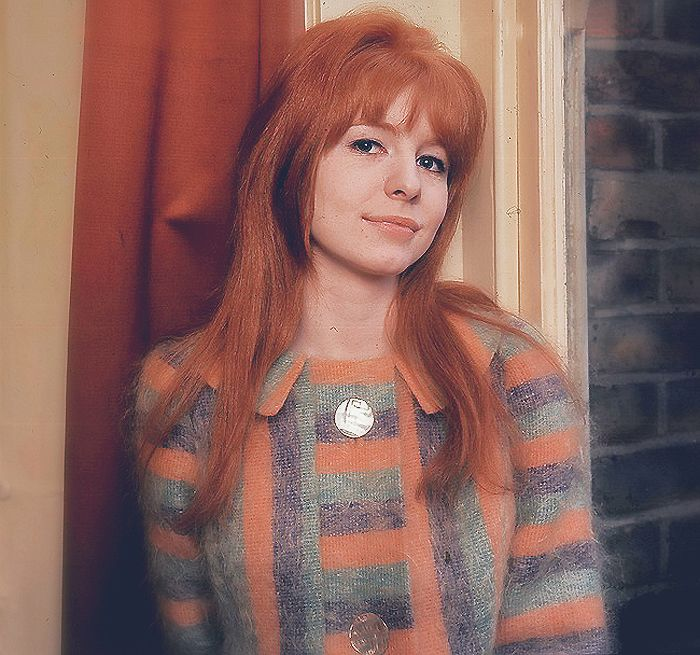 Ca. mid 1964 - A smiling Jane Asher posing for a photo. She is wearing the same clothes as in the Twinckenham Studios visit (April 3, 1964).