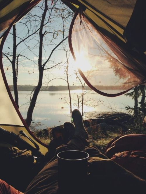 feel-by-the-m0on:  space—age:  •indie• #Trekking  #Beautiful_Places #YourNewRoommate