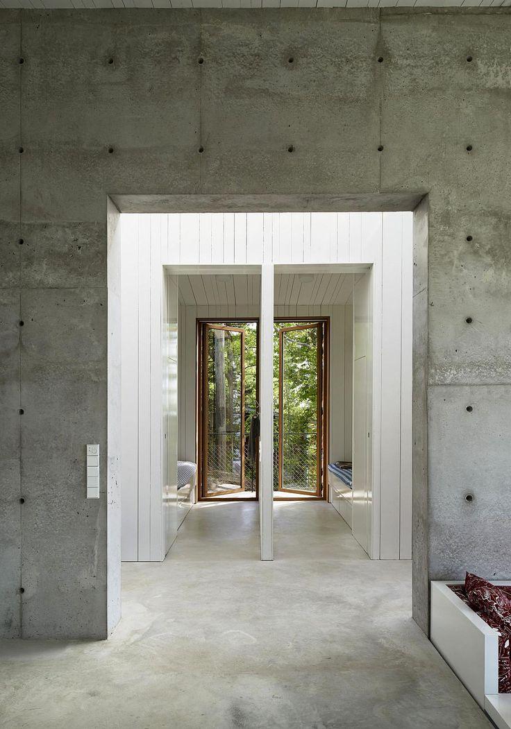 Gallery: A contemporary lakeside cottage | Petra Gipp Arkitektur