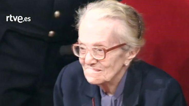 Dulce María Loynaz no leyó su discurso de agradecimiento por el Premio Cervantes 1992. En su nombre lo hizo su gran amigo Lisandro Otero