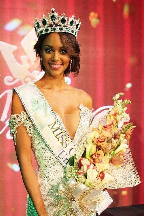 Pin by Stevejbradley on Miss Curacao in 2019 | Coloured girls, Sari