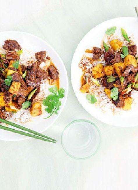 Low FODMAP & Gluten free Recipe - Pineapple, beef & ginger stir-fry http://www.ibssano.com/low_fodmap_recipe_pineapple_beef_ginger.html