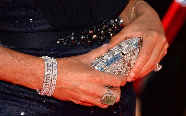 Actress Roma Downey jewellery at the 2013 Creative Arts Emmy Awards .