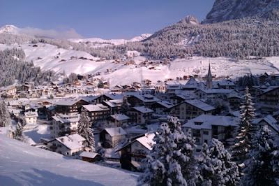 Selva di Val Gardena  Wolkenstein in Gröden  Dolomiten - Dolomiti  www.facebook.com/VGardena