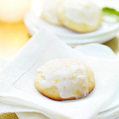 lemon ricotta cookies w/lemon glaze - a friend made these 4 me today. Heavenly!!! #GiadaDeLaurentiis #goodeats