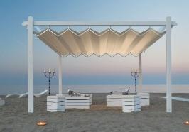 Pergole pavilion retractabile FLY pe plaja