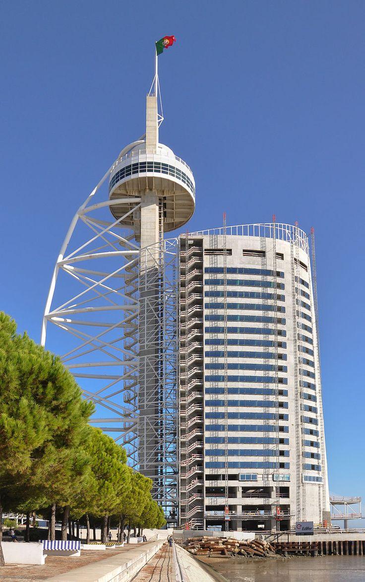 Lisbon - Vasco da Gama tower - Portugal – Wikipédia, a enciclopédia livre > Torre Vasco da Gama no Parque das Nações, um dos centros financeiros de Lisboa e local onde foi realizada a Exposição Mundial de 1998.