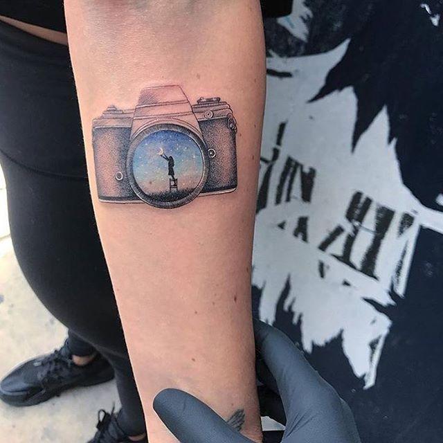 L8 Artist: @evakrbdk #tattoomxmag #inklife #tattoo #tattoowork #turkey #tattooed #tatuaje #tatuajes #tattoomagazine #movie #dovme #tattoogirl #tattoodesign #tattoolobe #leon #inked #dovme #tattooarts #tattooideas #tattooist #magazine #ink  #instalove #collage #love #lol #kadrajgram #istanbul #turkey #americana…