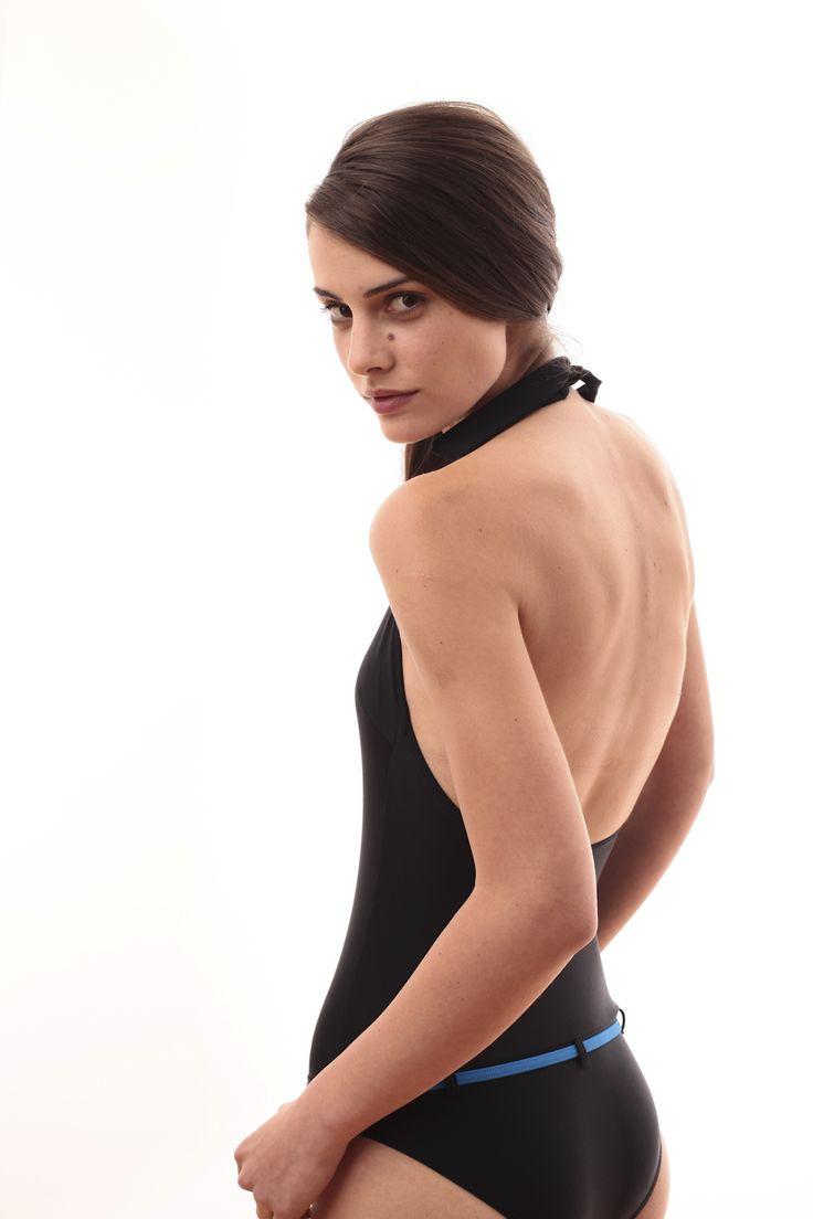 One-piece black bathing suit @pelsoswimwear