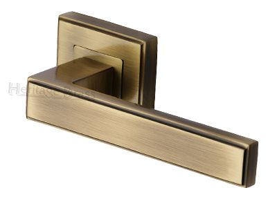 Heritage Brass 'Linear' Antique Brass Art Deco Style Door Handles On Square Rose - DEC5430-AT (sold in pairs) None