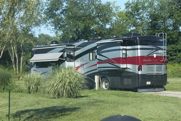 rv hookup rentals If you want to camp, we have 5 full hookup rv pads we're a brand  beach pool with swim up bar, spa, splash pond, beach rentals, wifi, laundry, fitness.