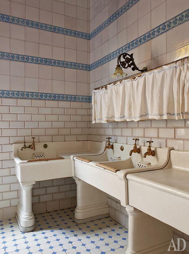 die besten 25 badezimmer jugendstil ideen auf pinterest. Black Bedroom Furniture Sets. Home Design Ideas