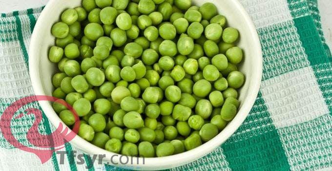 تفسير رؤية البازلاء الخضراء في المنام للعزباء والمتزوجة 3 Grapes Fruit Food