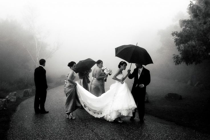 25+ Best Ideas About Rainy Wedding On Pinterest
