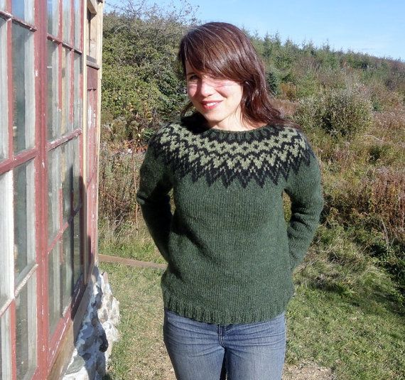Icelandic Sweater Lopapeysa Hand Knit In Pine Green Lopi