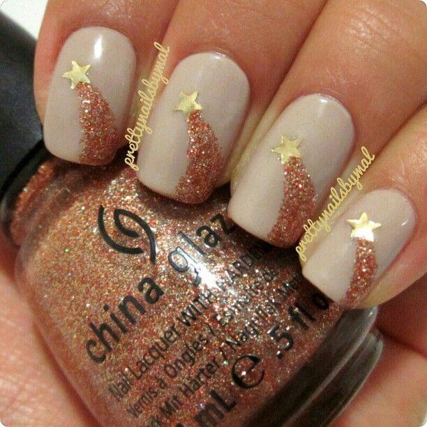 Mallory @prettynailsbymal | Websta (Webstagram) -  prettynailsbymal Shooting stars! :) • 2 coats of 'Sand Tropez' by Essie • Glitter: 'I Herd That' by China Glaze • Stars: 'Hollywood Walk Of Fame' by Wet n Wild Fergie •