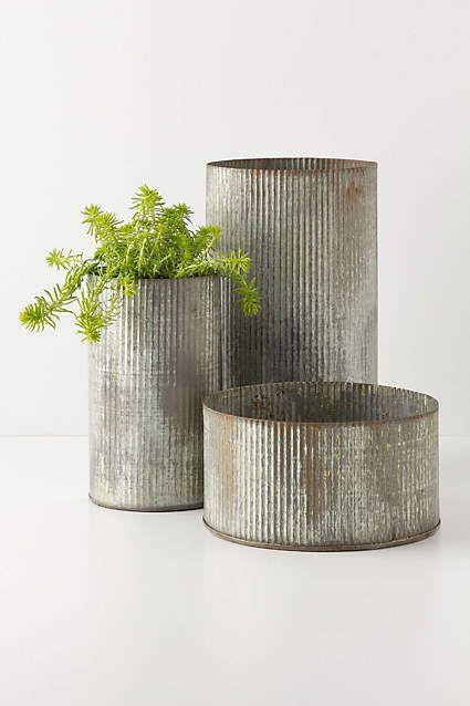 Ridged Zinc Pot