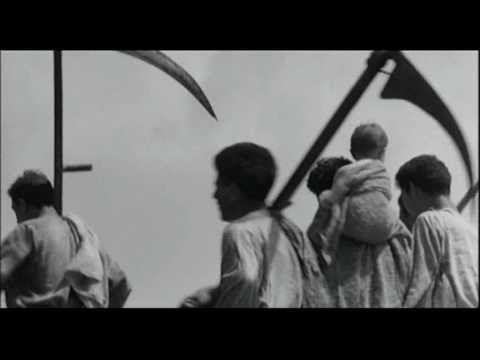 """Lo sapevate che nel 1964 Pier Paolo Pasolini scelse la Puglia per girare alcune scene del film """"Il Vangelo secondo Matteo""""? Ginosa, Massafra, Manduria, Castel del Monte e Gioia del Colle, i paesi in cui fu ambientato il film. Pronti a visitarli durante gli itinerari di #MyPugliaExperience?"""