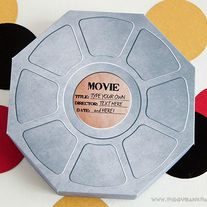 Invite your guests to an Oscar Party with the Movie Reel Favor Box or send goodies home in them at the end of the big night!  DIY Printable MOVIE REEL Favor Box - Piggy Bank Parties