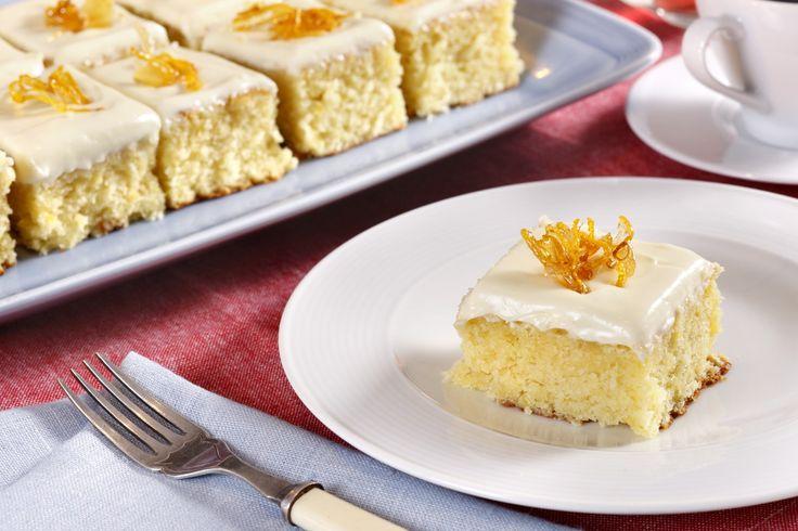 Sitronkake: En nydelig kake som kjapt lages i langpanne.