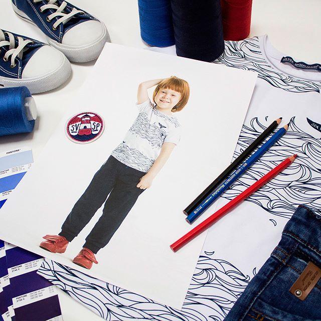 """Что есть одежда, если не коммуникация с миром? Можно сказать окружающим людям, что ты любишь спорт, открыт  всему новому, любишь путешествовать и твой мир всегда """"раскрашен"""" яркими красками!    В ассортименте #SilverSpoon несколько коллекций одежды для детей и подростков, отличных по стилю, позволяют создать для каждого свой уникальный образ! #мода_мальчики #школьнаямода #длямальчика#детскаямода #детскаяодежда_мальчики #модадляподростков #подростки #дети #silverspoonschool…"""