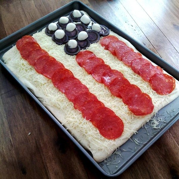 """Flag Pizza I """"What's better than pizza? A patriotic flag pizza, of course!"""""""