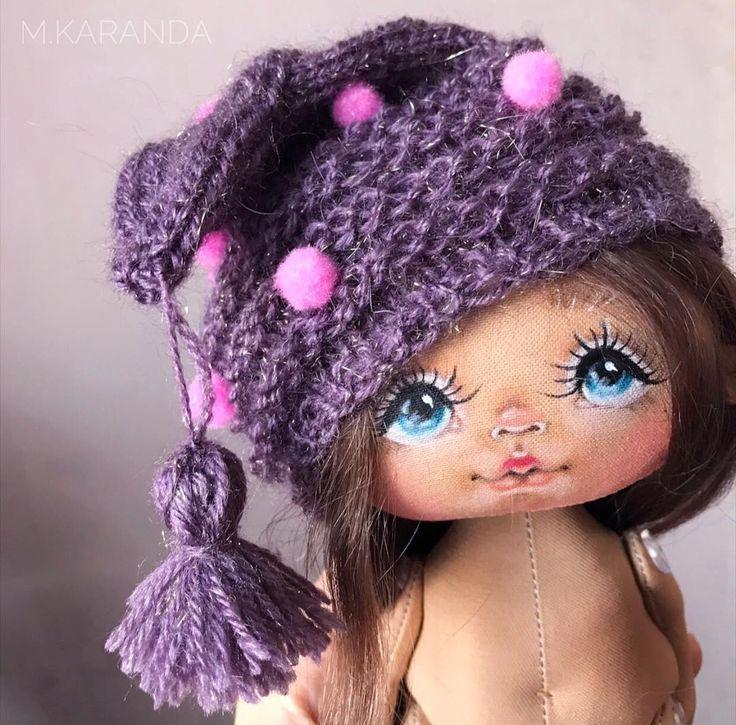 Ну я такая значит спрашиваю ее:-«Ты чего такая клевая?» А она мне отвечает :-«Я такой родилась » Ну тут не поспорить . Вот такого ребёночка хочу вам показать . « БРОНЬ!!☝️»#автор#красота#арт#хендмейд#кукла#авторскаяработа#текстильнаякукла#арт#художних#хобби#работа#москва#санктпетербург#казань#marickdoll#doll#handmade#dolls#art#toy#toys#instagram
