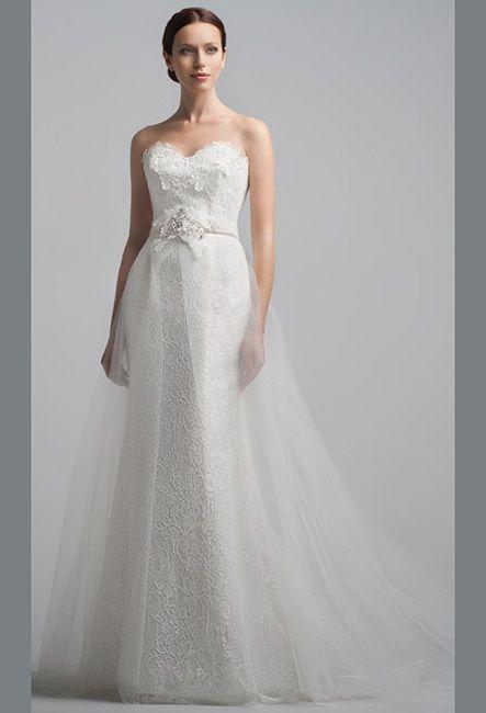Свадебное платье стильное кружевное с отдельным шлейфом | Wedding dress stylish lace with a separate plume