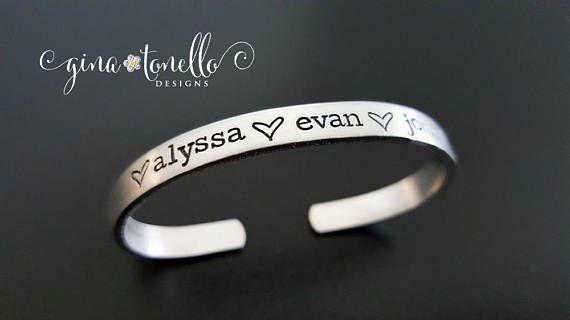 Kid Names Bracelet, Mom Bracelet With Kid Names, Personalized Mom Jewelry, Mom Jewelry with Kids Name, Grandchild Name Bracelet for Grandma…