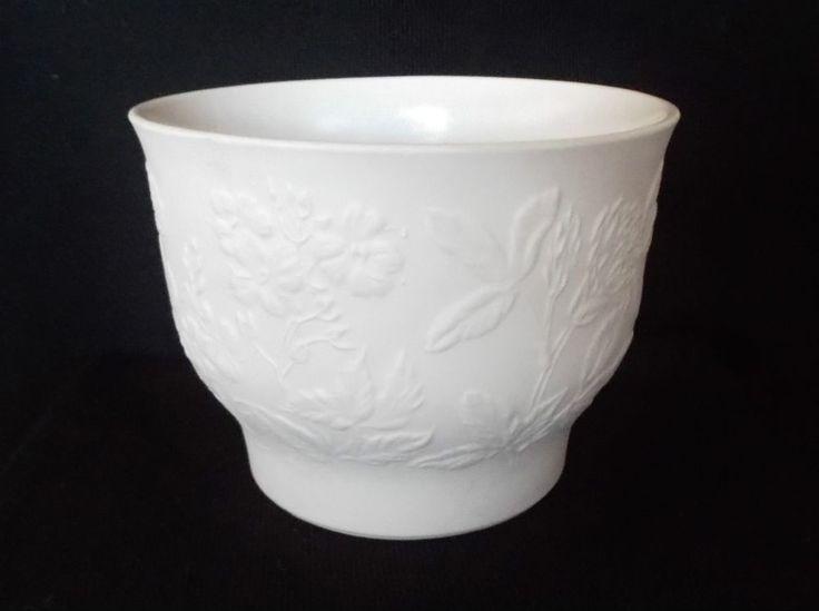 Arabia Finland Vase Or Planter, Suvi Pattern, By Gunvor Olin Gronquist