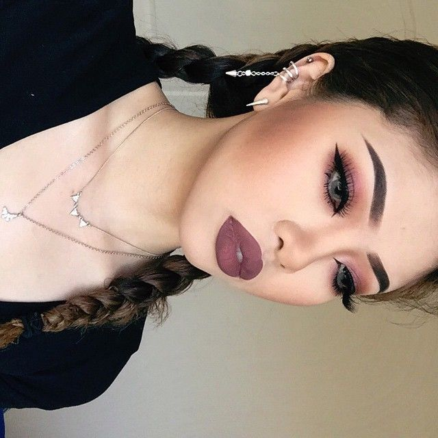 ♥ ☆ ☆ ♥ ♚ Pinterest; @Anaislovee ♔ I want this look!!