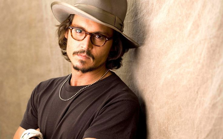 We've always admired Johnny Depp's glasses style and thought that with his 50th birthday there is no better time to celebrate his enduring career and fashion. Johnny...